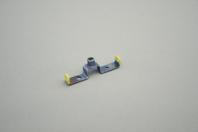 黄色のポリエチレンパウダーコーティング(樹脂コーティング)加工